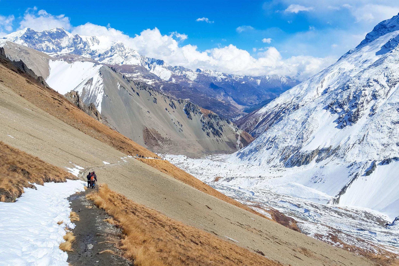 glorious-himalaya-trek-332920-unsplash.jpg