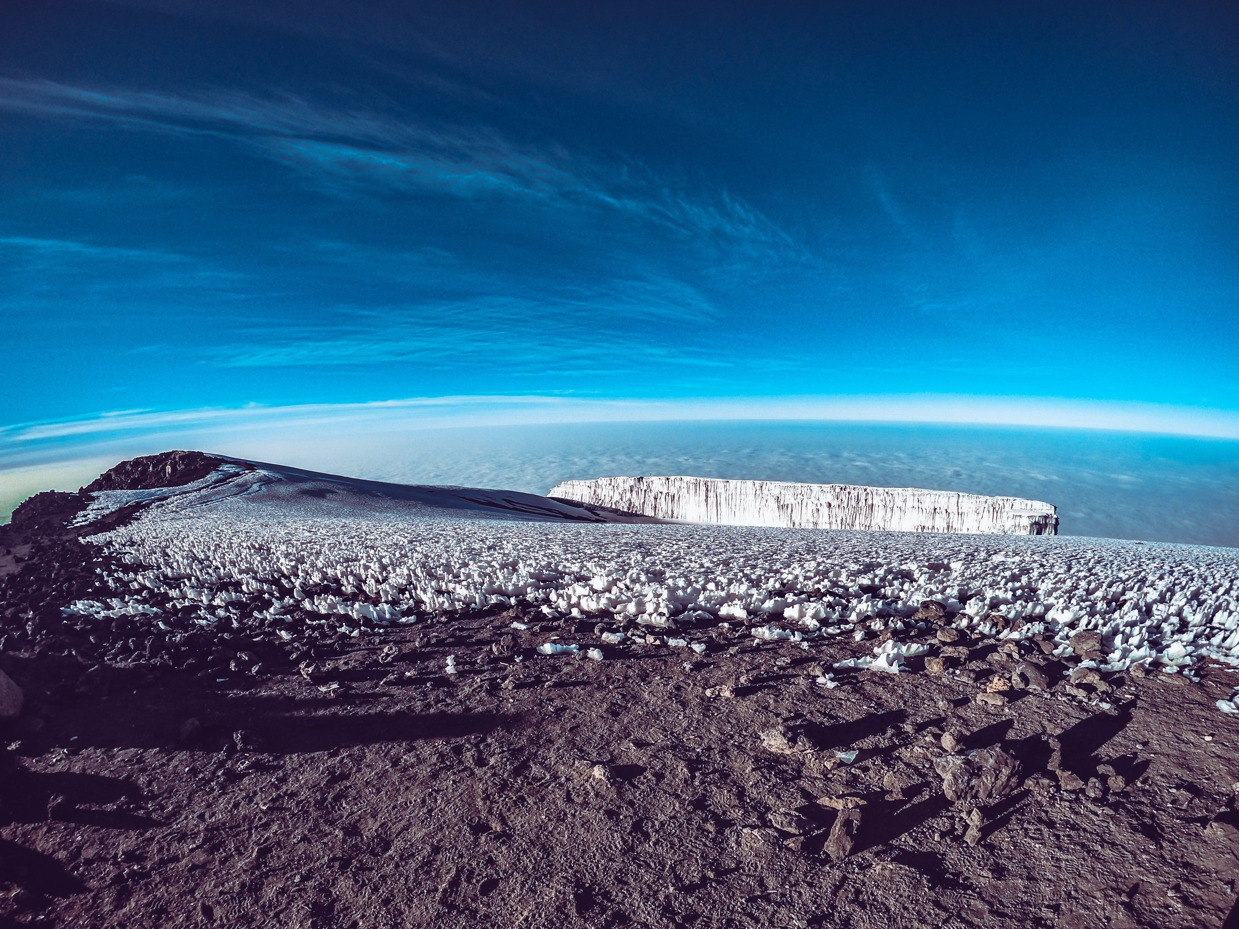 Uhuru Peak_Kili_unsplash.jpg