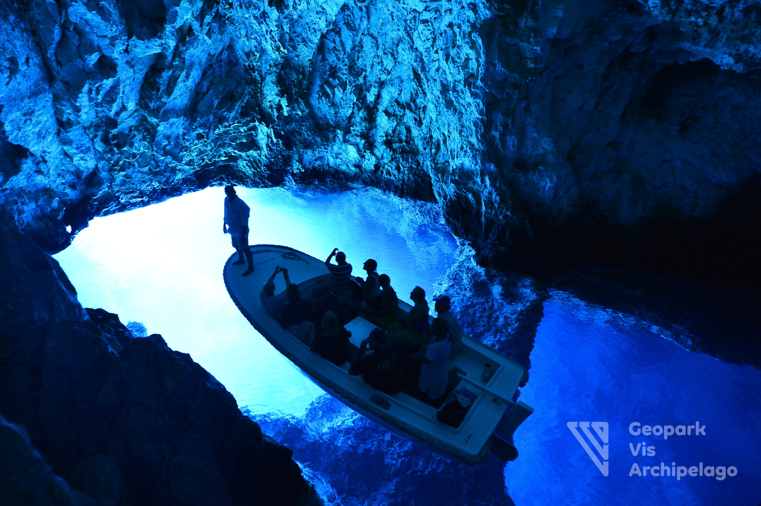 D7 Blue Cave - Vis.jpg