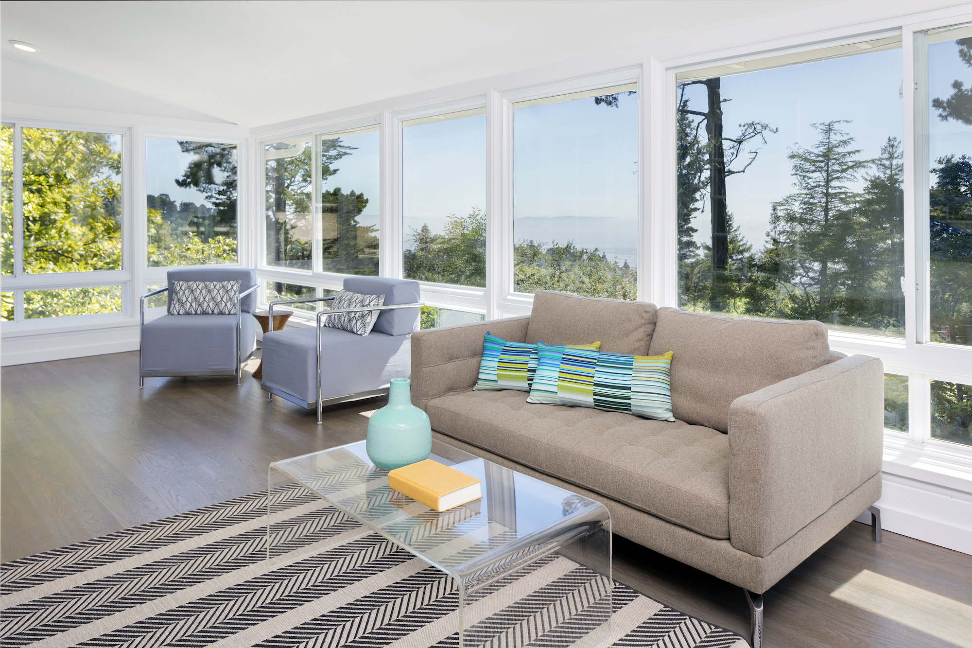 Your Window-Cleaning Professionals   Also Offering Custom Maintenance Services   Free Estimate