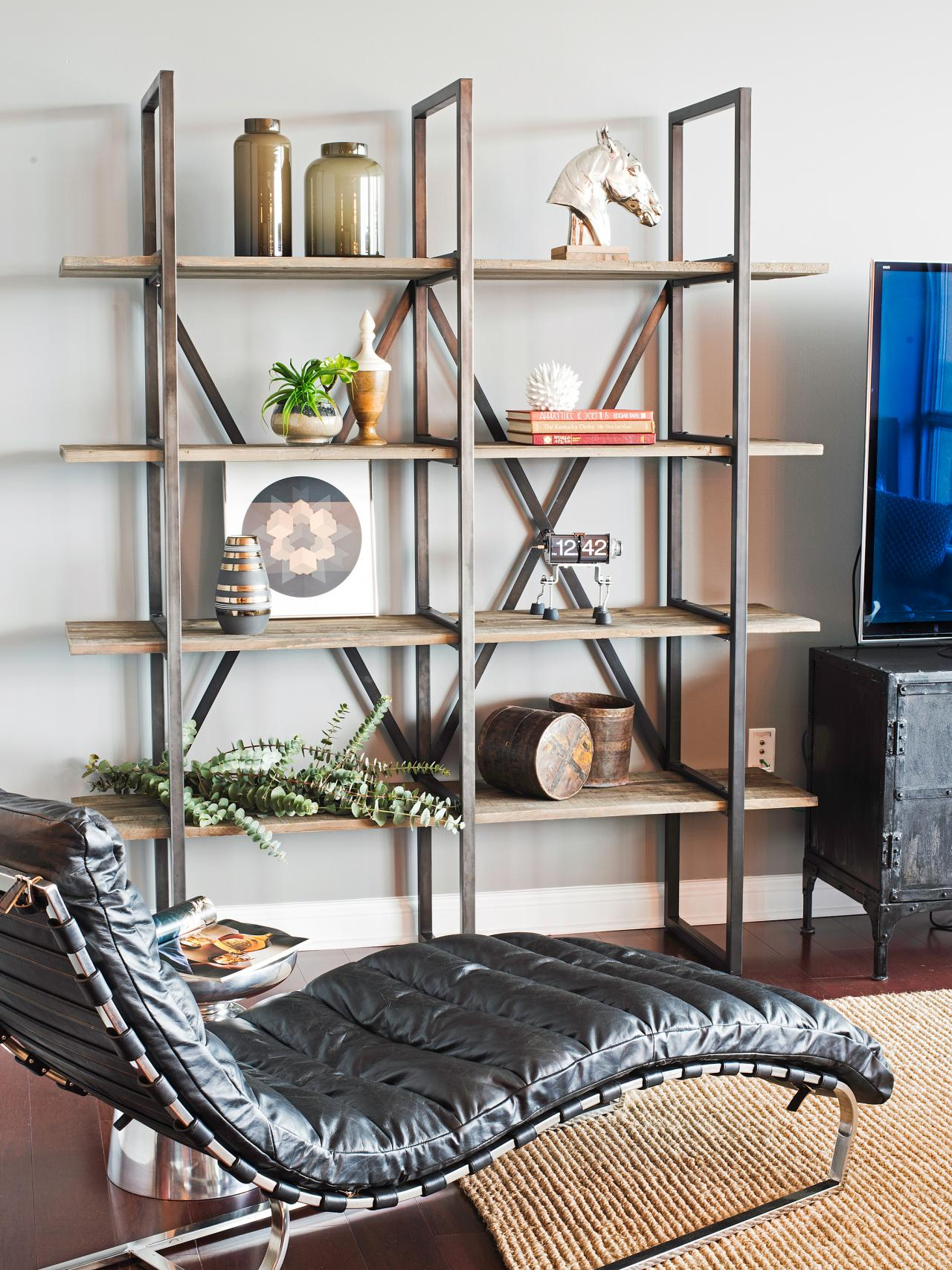 HSTAR8_Jessie-Miller-Portfolio-Bachelor-Pad-Media-Room-Bookshelf-Chaise_v.jpg.rend.hgtvcom.1280.1707.jpeg