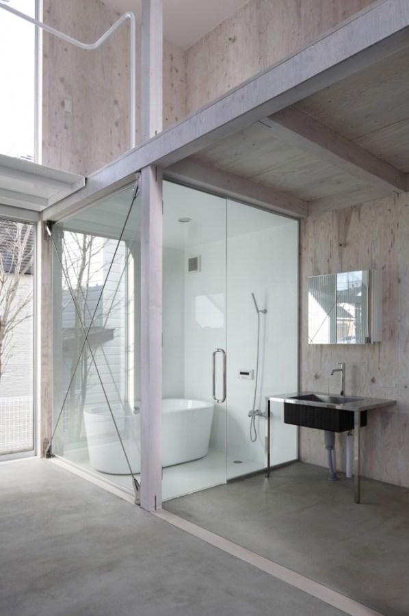 house-in-kashiwa-yamazaki-kentaro-design_bathroom-interior.jpg