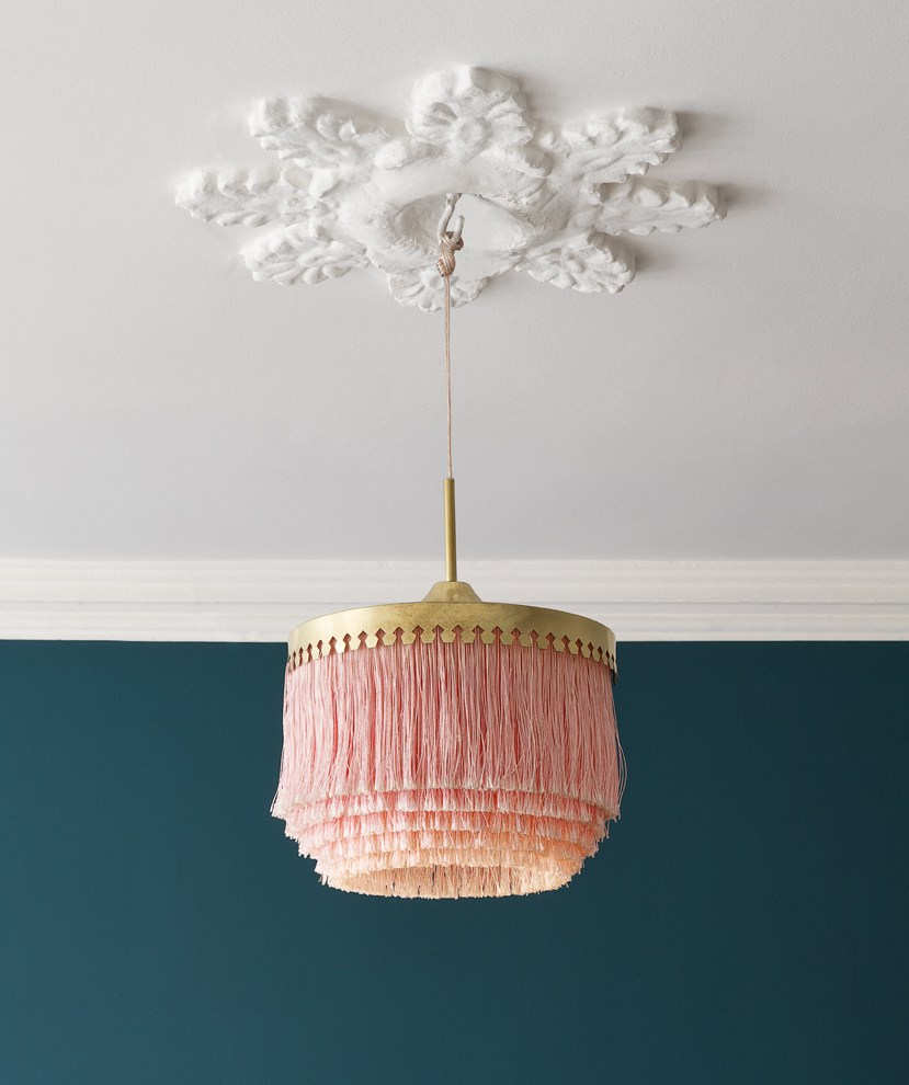 retro-blush-gold-fringe-lamp