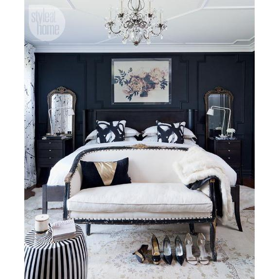 moody-navy-white-bedroom-gilt-mirror