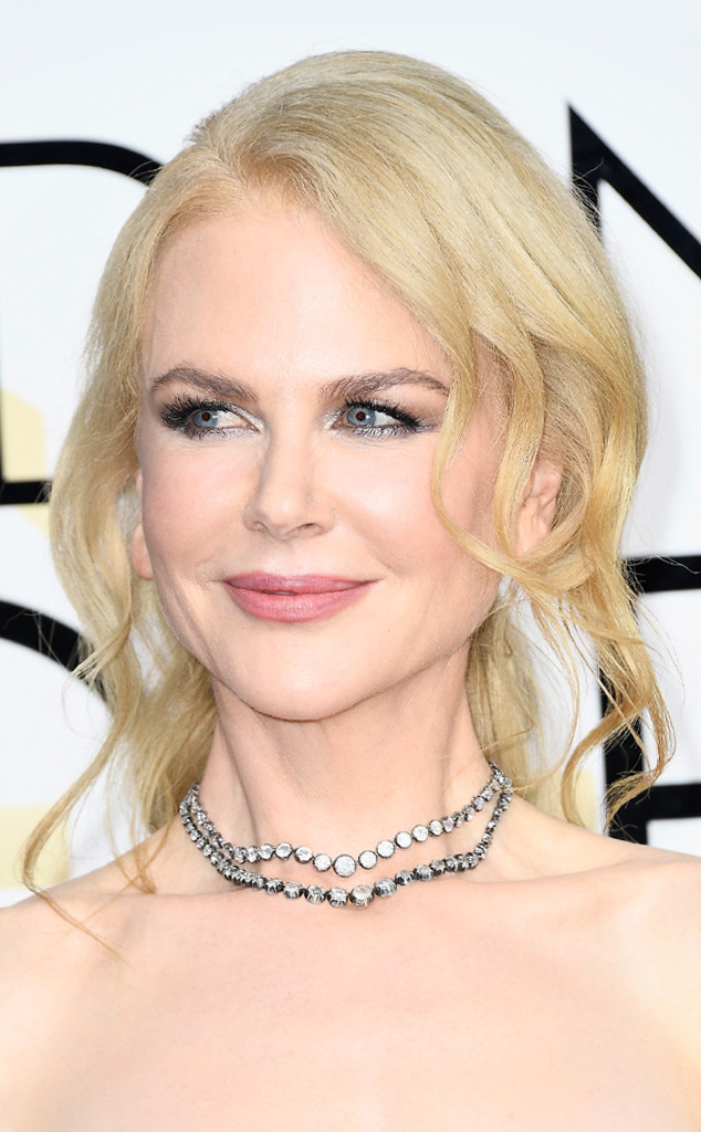 Nicole Kidman Jewelry Style, more at www.elsacorsi.com