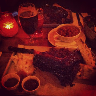 Duke%2527s+Brew+and+Que+meat+beer.jpg