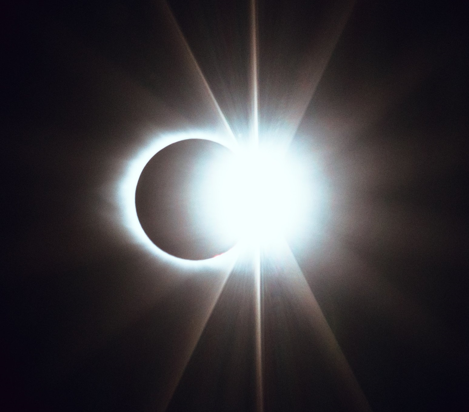The Magic of an Eclipse… Image: Matt Nelson/Unsplash