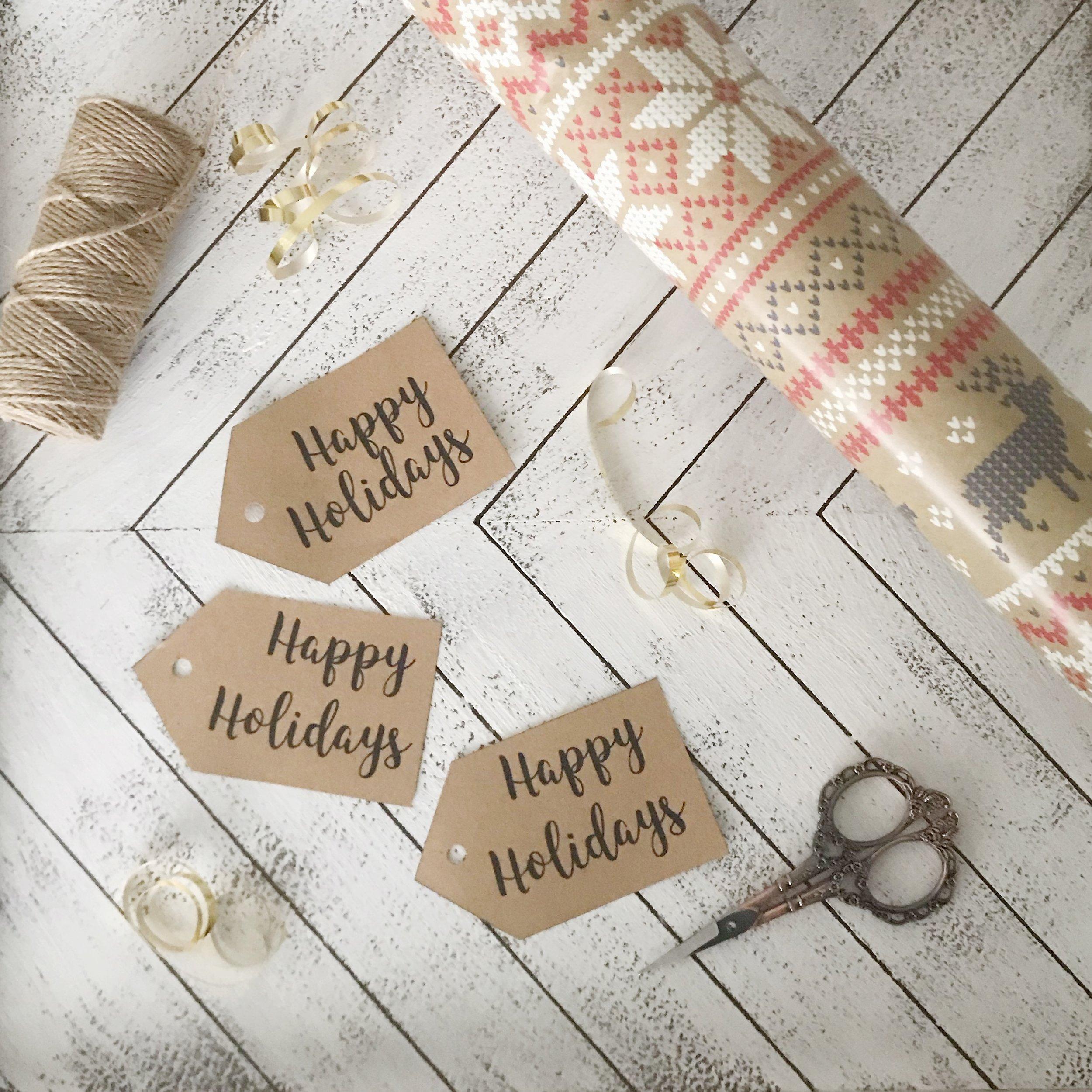 free printable holiday tags