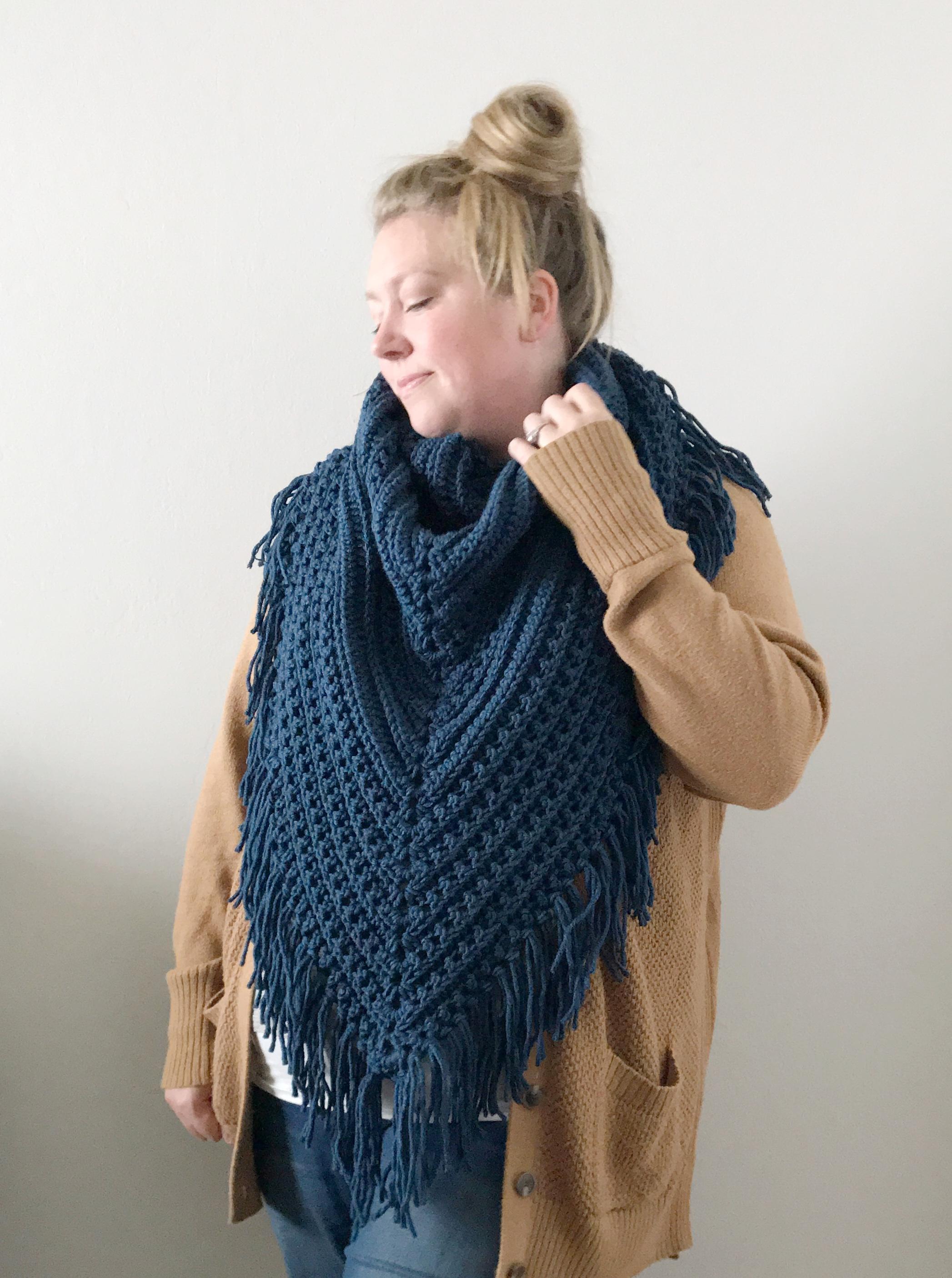 Free triangle scarf crochet pattern