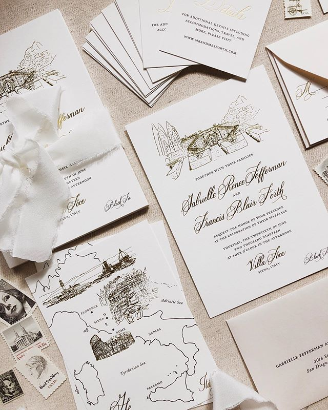 It was feeling pretty Monday-ish around here until I saw sneak peeks of this couple's wedding last week. All the gold foil and crisp illustrations for this romantic wedding at @lafoce. Swipe for the shine. #weddinginvites #wedding #calligrapher #weddingcalligrapher #fineartwedding #engaged #risingtidesociety #pointedpen #pointedpencalligraphy #wedding #weddinginvitation #fineart #bride #moderncalligraphy #flourishforum #pursuepretty #weddinginspo #wip #destinationwedding #italy #italianwedding #italybride