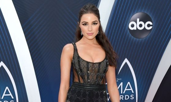 Olivia Culpo Says She's Not Ready to Start Looking for Love at the 2018 CMA Awards (Exclusive) -