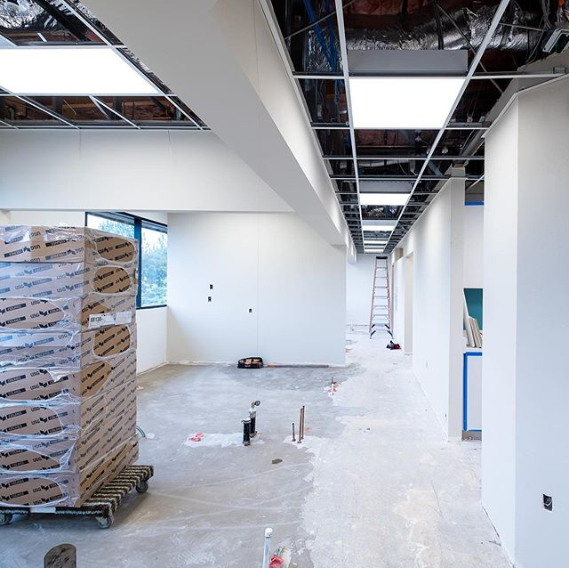Did you blink? It's been two weeks since we demolished this space and ceilings are going in! Flooring is tonight and dental equipment by @burkhartdentalsocal starts tomorrow! #ihavethebestclients #dentalconstruction #superteam @rbndesign