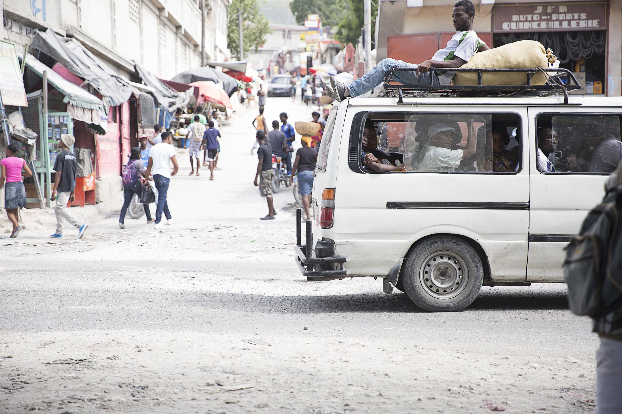 We love this peek into the hustle of Haiti, captured by our dear friend Mackenzie Fugett (Mackenzie Lee Photography).