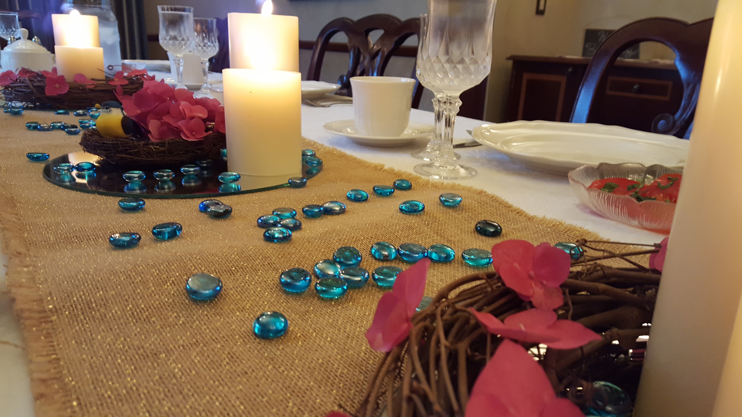 Maura's summer tablescape
