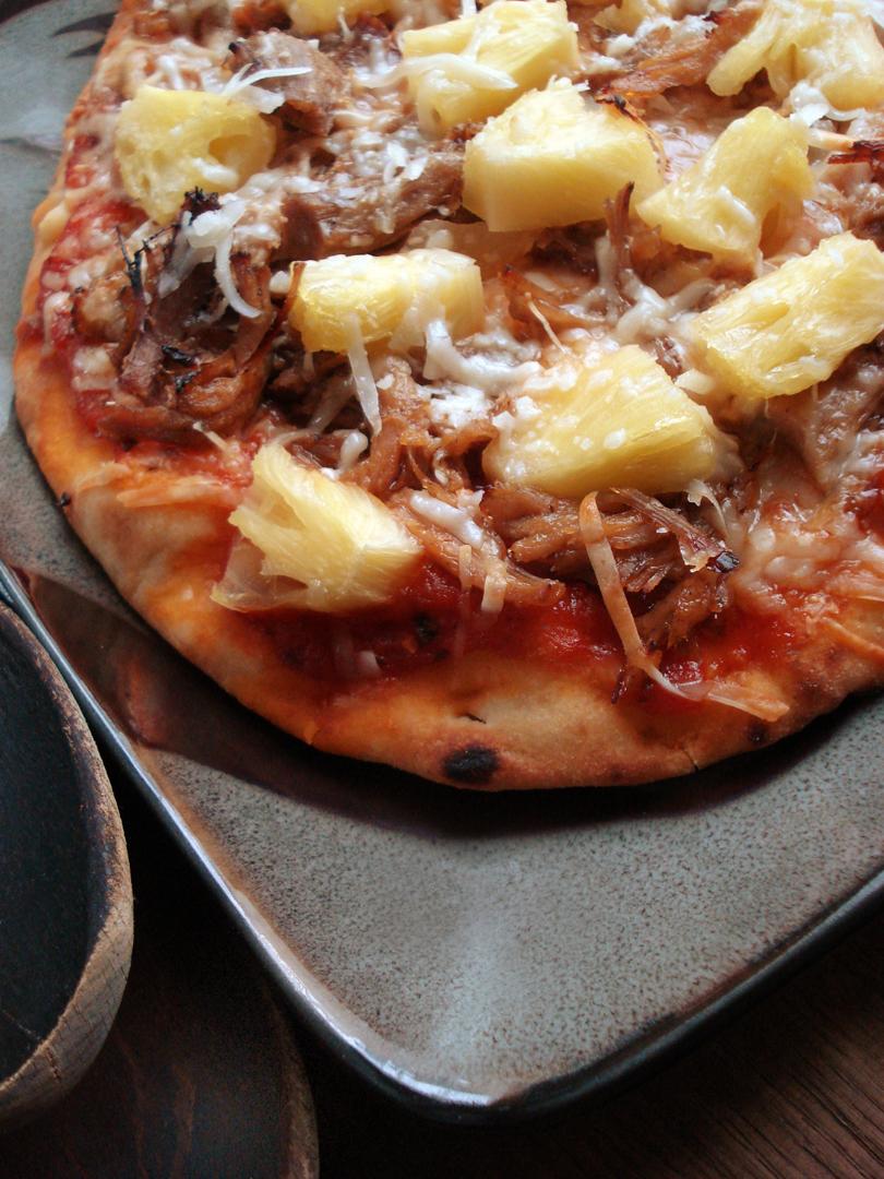 SmHawaiinPizza01.jpg