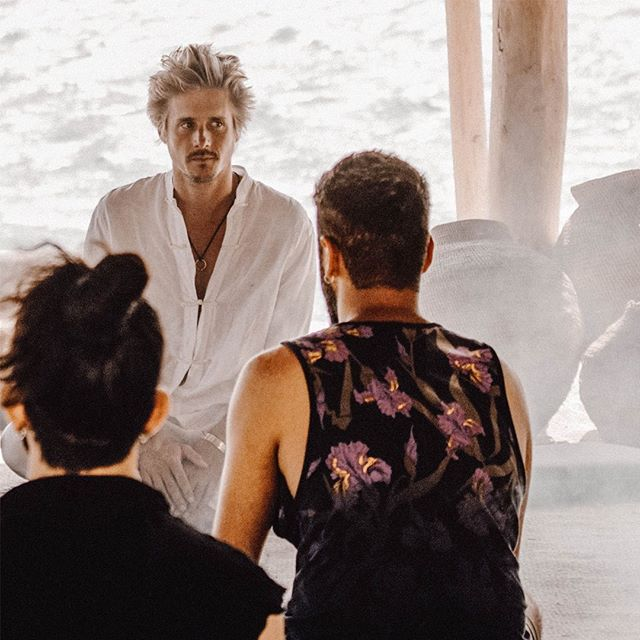 A transformational breathwork ritual at our agora in Mykonos: the simple act of consciously inhaling and exhaling has the potential to enact extraordinary healing and shifts in perception. Learn more about breathwork in our Encounters (link in bio). #scorpios #mykonos #scorpiosencounters @scorpiosmyk