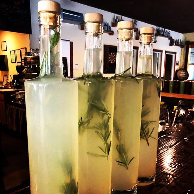Rosemary infused Lemonade for our #FarmersDaughter #cocktail for the #BigforkVillageMarket today!!! Come enjoy the veggies, music, drinks and family feel that is #BigforkMontana