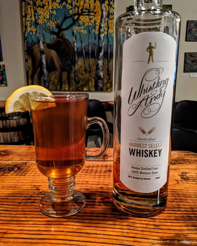 This weekend's weather has us reaching for more of these! As the days get cooler, the whiskey gets warmer! Come in and warm up with us. We will be pouring Hot Toddy's at the Distillery🥃 📷  Harvest Hot Toddy ・・・ Build in Glass  1oz. Harvest Select Whiskey 1/2 oz. Lemon Juice 1/2 oz. Caramel Syrup 4 oz. Hot Water  Stir and Drink  Garnish w/🍋
