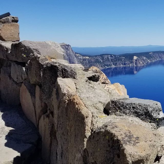 The Lake of Fire and Brimstone (Obsolete) . . . #photooftheday #craterlake #pnw #volcano #getlost #nofilter #instagood #instagram #samsungnote8 #phonephotography #panorama #godscreation