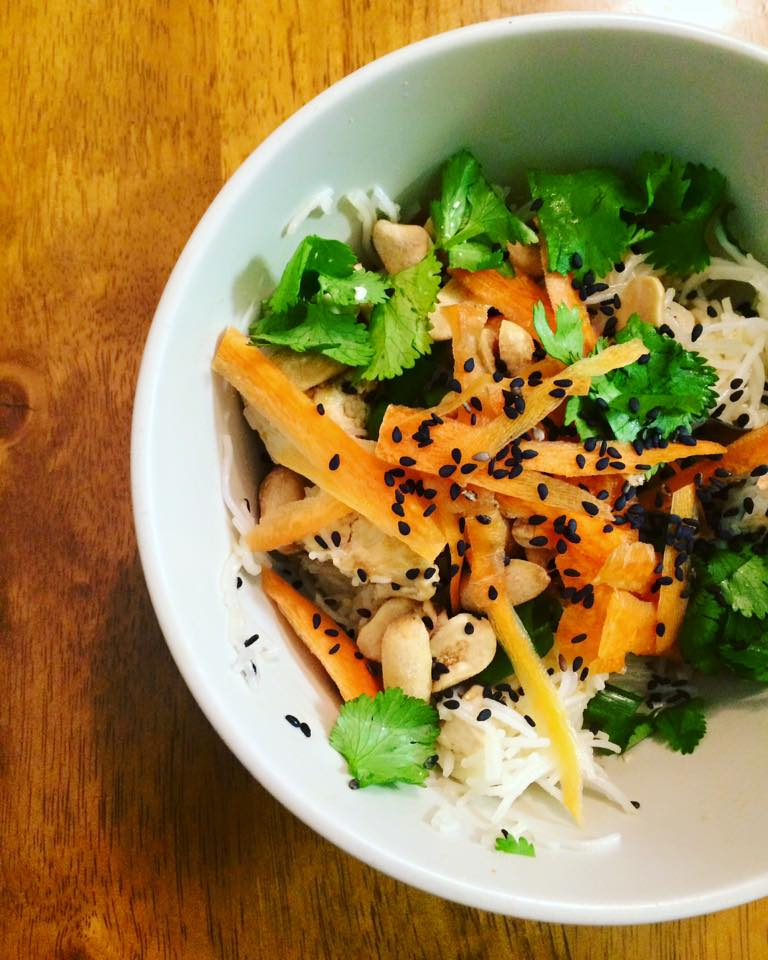 thai tofu bowl