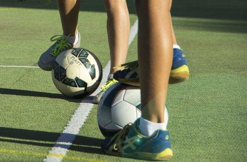 Futsal-Cover6-small.jpg
