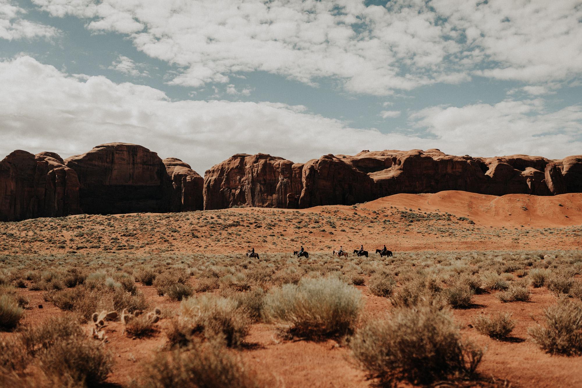 monument valley utah ut kylewillisphoto demurela horseback riding