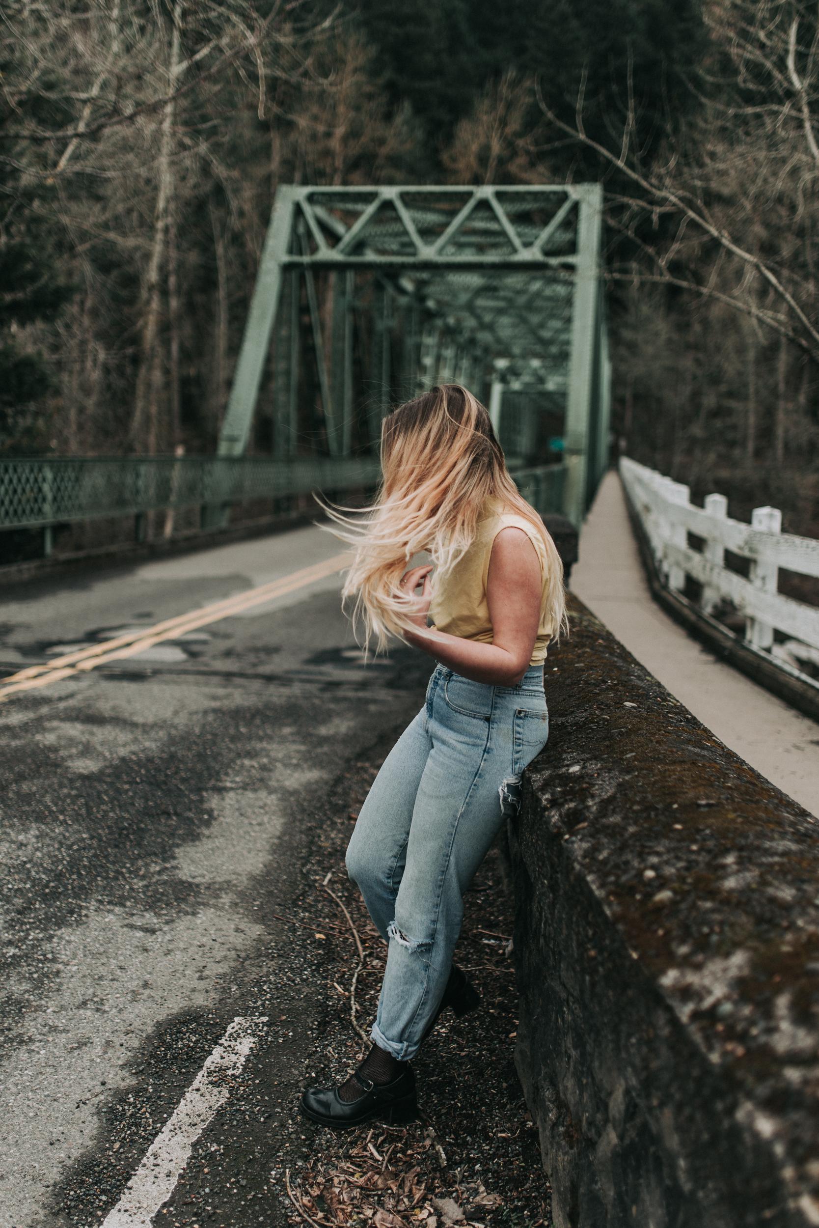 KyleWillisPhoto-Kyle-Willis-Photography-Troutdale-Oregon-Portland-Portrait-Photographer-Abandoned-Photoshoot-Urban-Outfitters-Pacific-Northwest-PNW