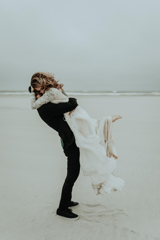 kylewillisphoto_kyle_Willis_Photography_liz_gibbs_brigantine_beach_atlantic_city_wedding_philadelphia_jersey_shore_new_nyc_engagement_delaware_engaged_married_rainy_photos_ac_boho12.jpg