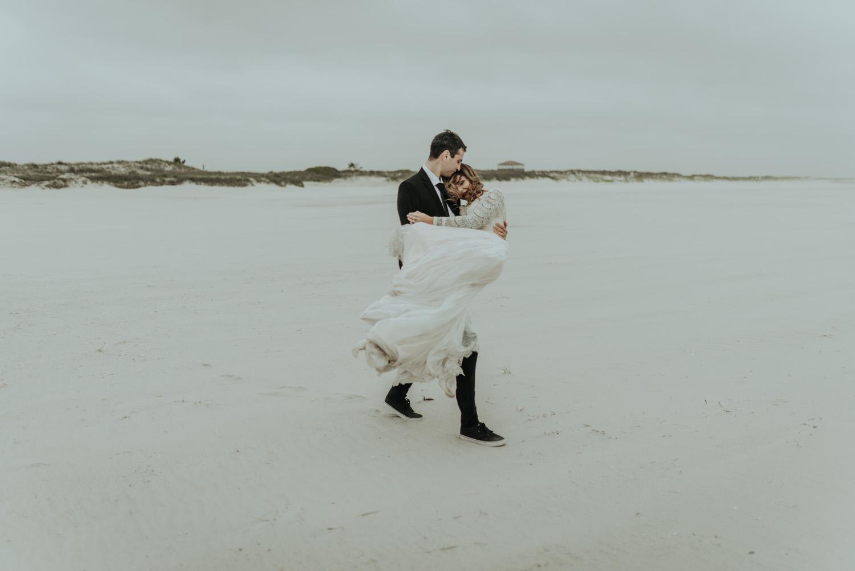 kylewillisphoto_kyle_Willis_Photography_liz_gibbs_brigantine_beach_atlantic_city_wedding_philadelphia_jersey_shore_new_nyc_engagement_delaware_engaged_married_rainy_photos_ac_boho18.jpg