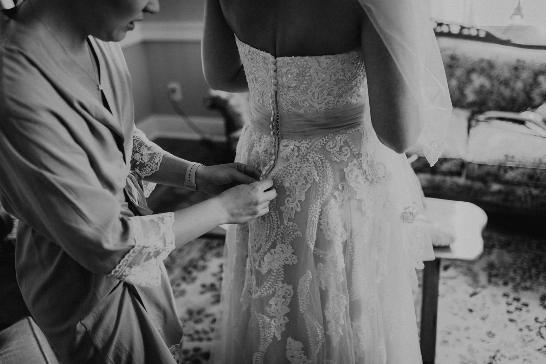 kylewillisphoto_kyle_willis_photography_rodale_institute_farm_wedding_kutztown_pennsylvania_pa_philadelphia_rustic_lavender_sendoff_exit_new_jersey_marriage_engagement_york_city_moody182.jpg