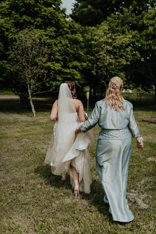 kylewillisphoto_kyle_willis_photography_rodale_institute_farm_wedding_kutztown_pennsylvania_pa_philadelphia_rustic_lavender_sendoff_exit_new_jersey_marriage_engagement_york_city_moody254.jpg