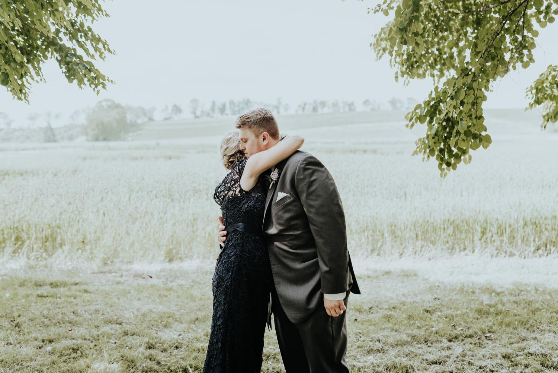 kylewillisphoto_kyle_willis_photography_rodale_institute_farm_wedding_kutztown_pennsylvania_pa_philadelphia_rustic_lavender_sendoff_exit_new_jersey_marriage_engagement_york_city_moody338.jpg