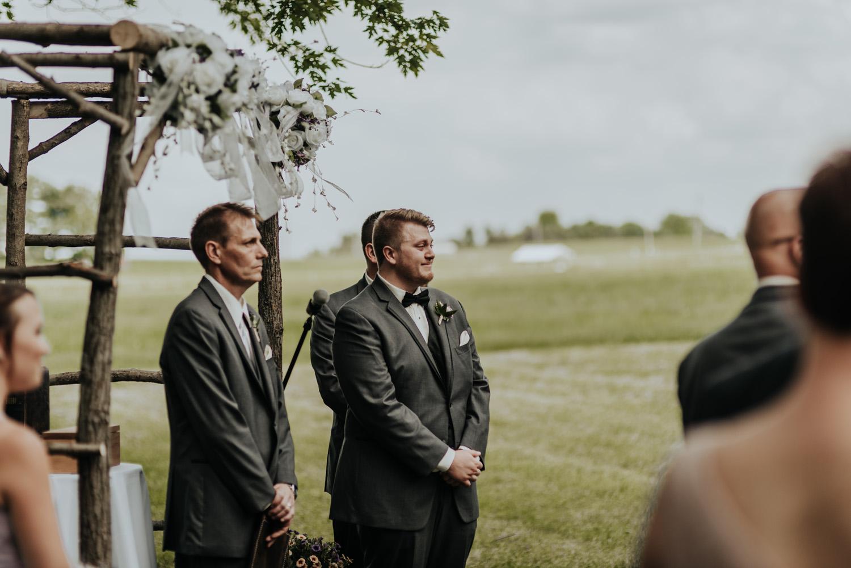 kylewillisphoto_kyle_willis_photography_rodale_institute_farm_wedding_kutztown_pennsylvania_pa_philadelphia_rustic_lavender_sendoff_exit_new_jersey_marriage_engagement_york_city_moody392.jpg