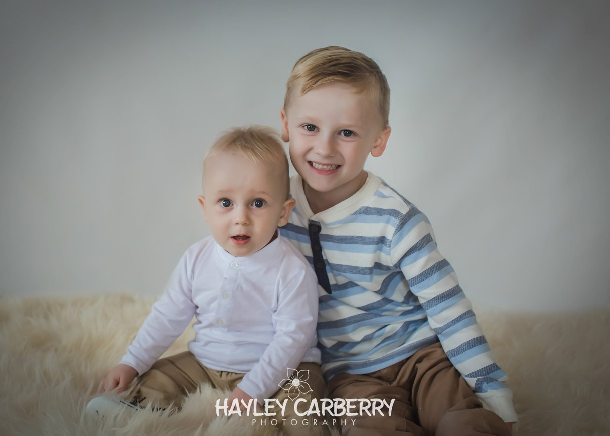 Canberra Babies Children Newborn Family Portrait Studio Photographer
