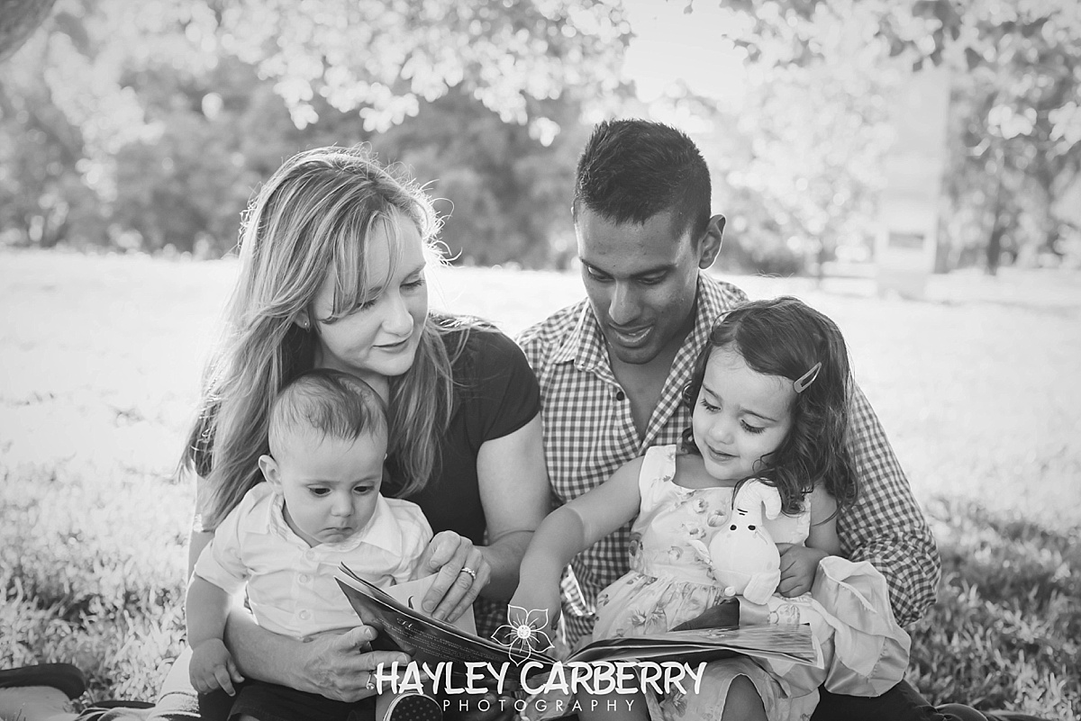 Canberra Newborn, Family, Children, Cake smash portrait Photographer