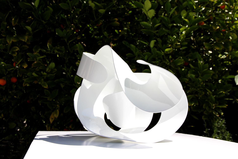 parhelion,  2015. powder coated aluminium. 35 x 40x 40 cm