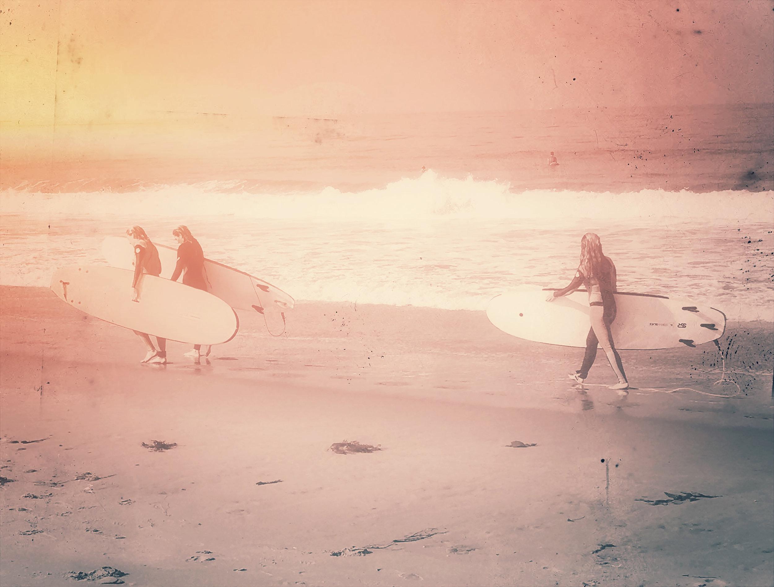 surfgirls.jpg