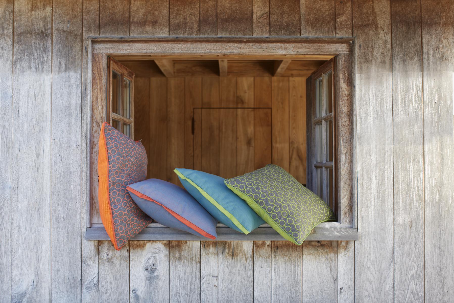 Tejidos exterior Sunbrella - Colección IN&OUT