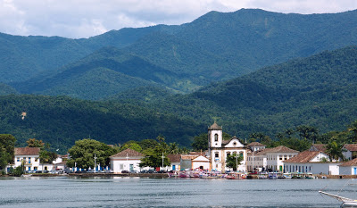 Paraty from the sea