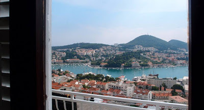 Above the Gruz harbour: Day..