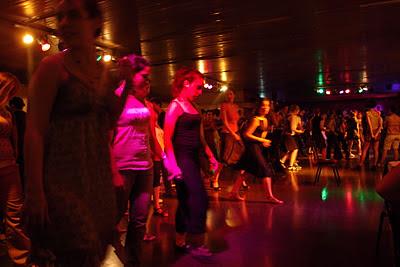 Tango classes in action