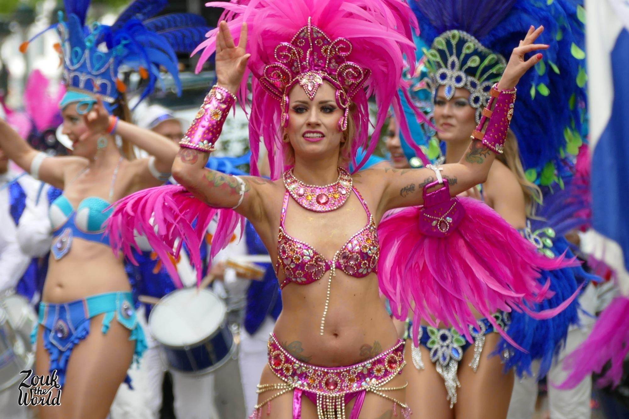 Samba Carioca dancers