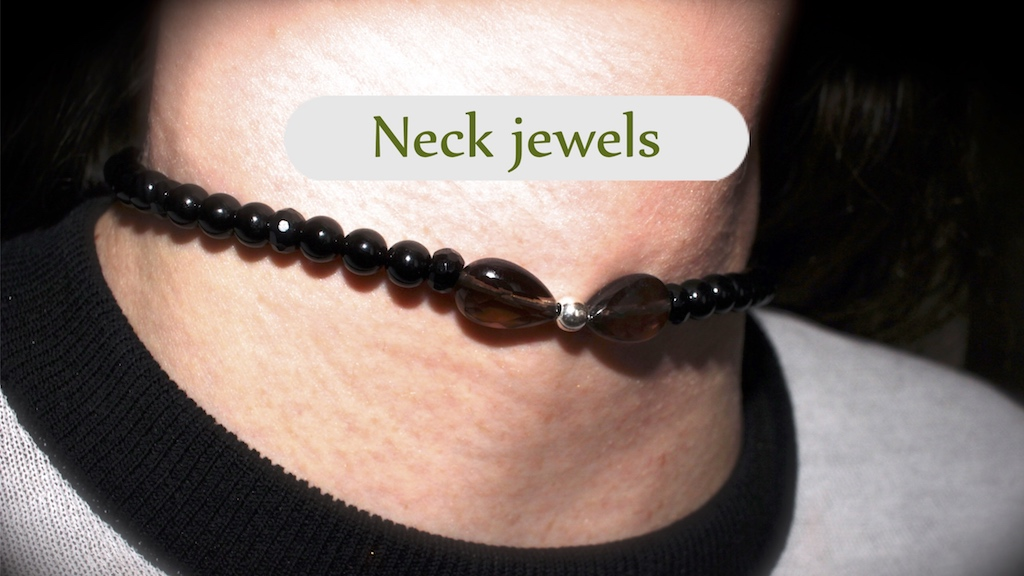 Neck jewels from the Atelier JAWERY