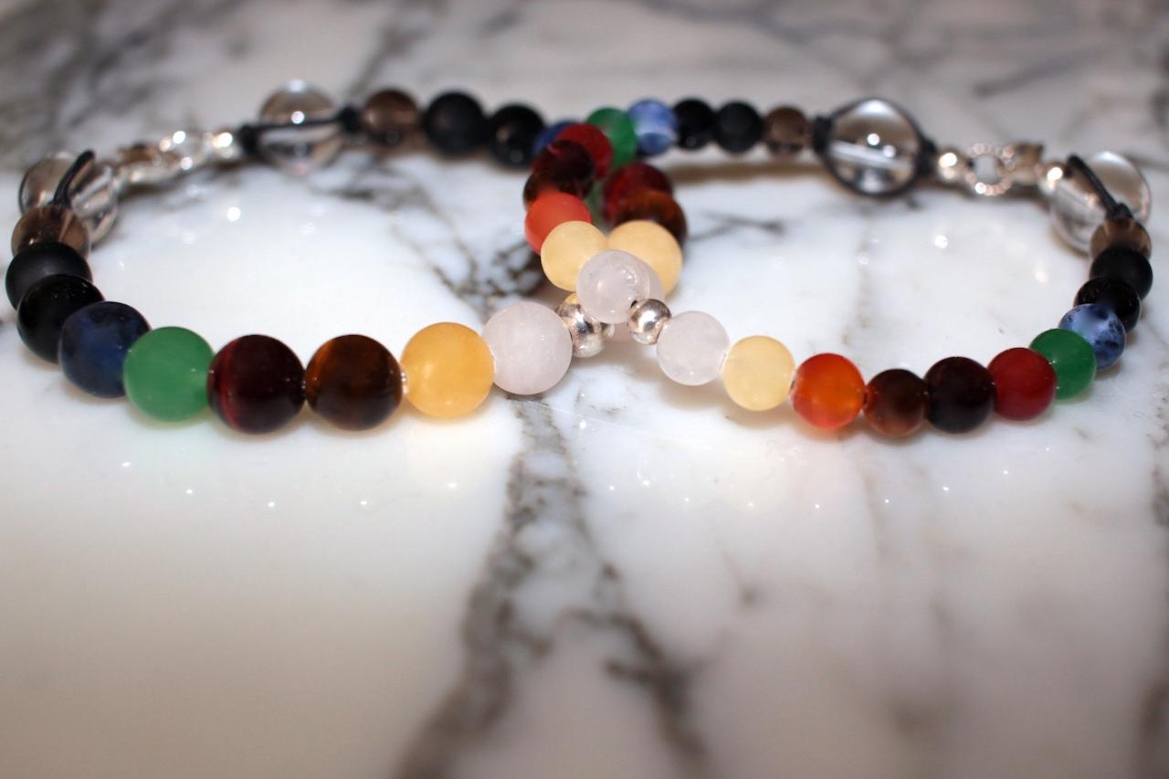 Bracelets de fierté arc-en-ciel de l'atelier JAWERY