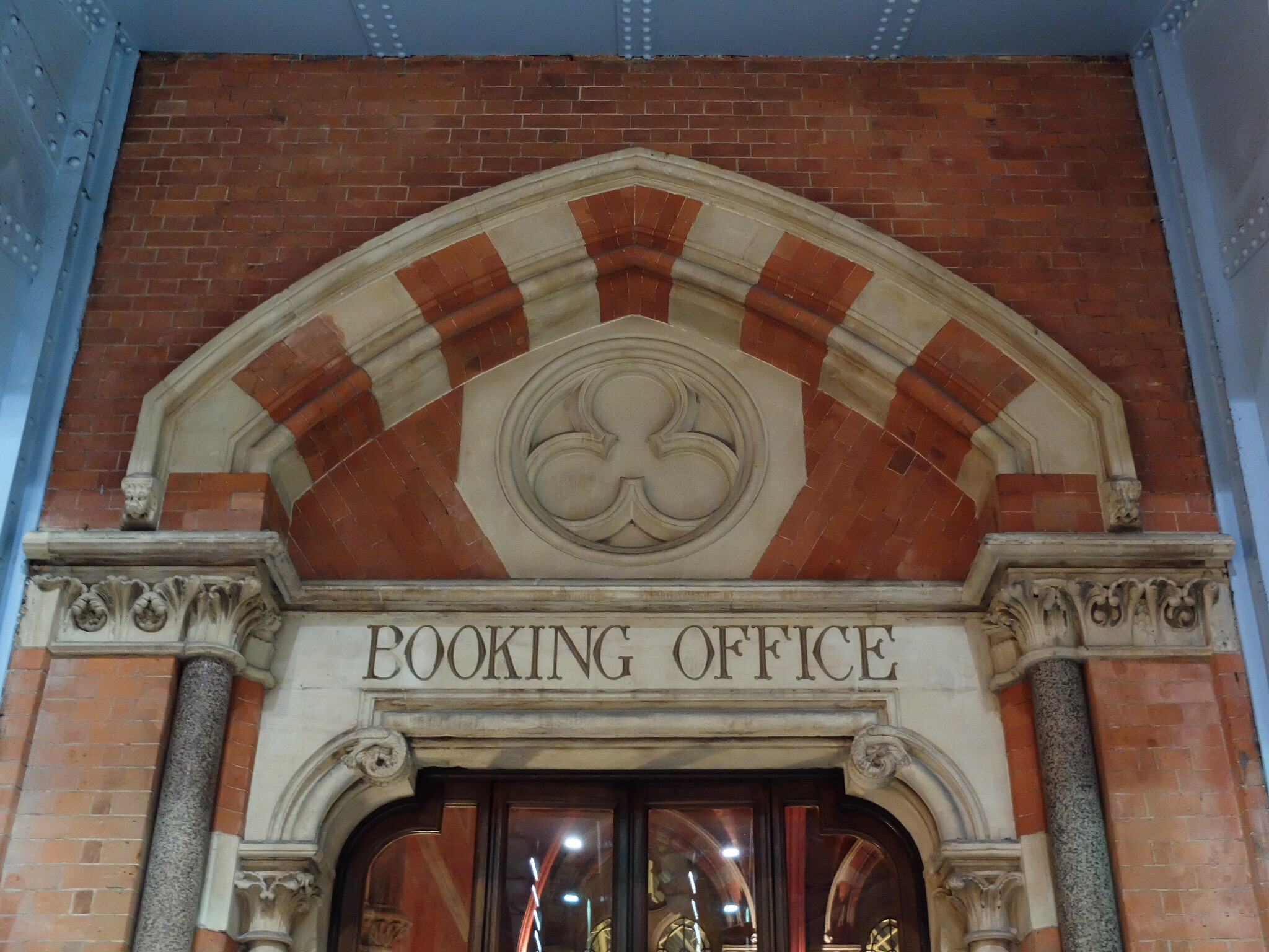 The_Booking_Office_London_Review
