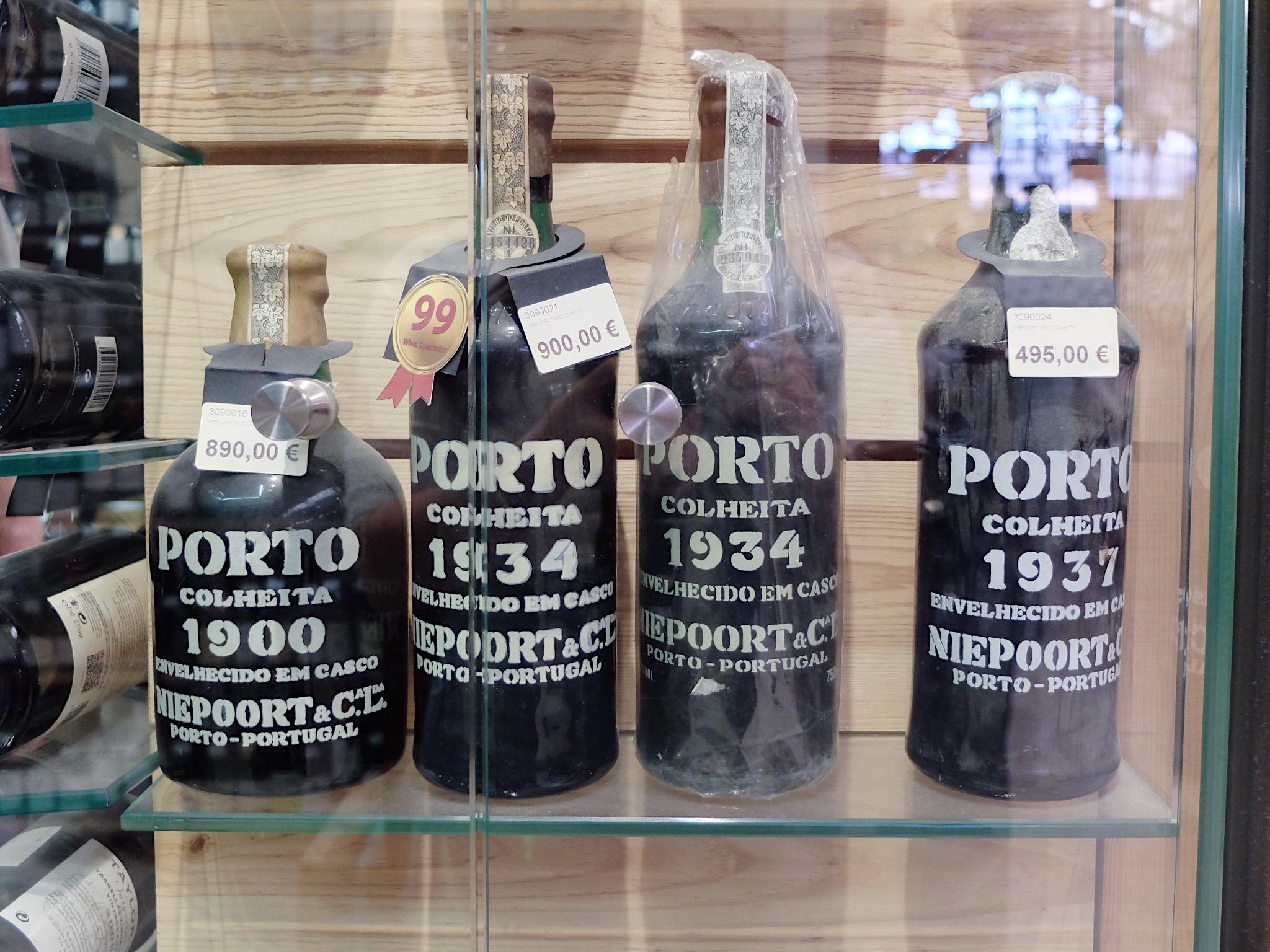 Lisbon_time_out_market_review_port