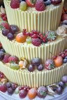 Vermontier-white-choc-cake-01.jpg