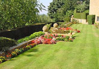 Foxhill-Manor-Gardens.jpg