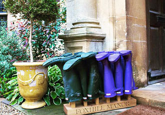 Foxhill-Manor-Hunter-boots-to-borrow-for-a-walk-around-Farncombe-Estate.jpg