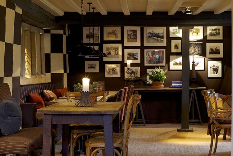 broadway-hotel-jockey-bar4-broadway-worcestershire-cotswolds-uk.jpg